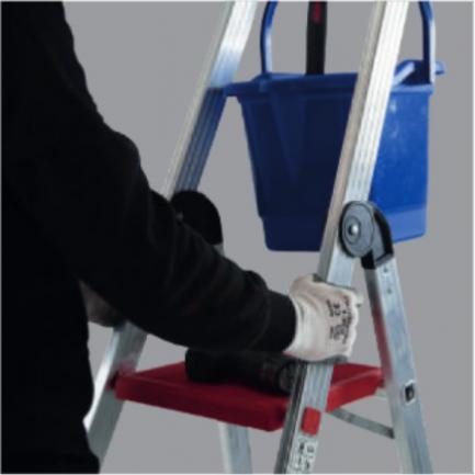 escadote aluminio pro master 2
